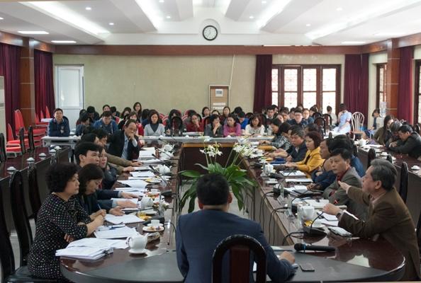 Dự cuộc họp có Đảng ủy, Ban Giám đốc Viện, Thường trực Công đoàn Viện, lãnh  đạo các phòng, ban và tập thể các cán bộ viên chức, người lao động trong  toàn ...